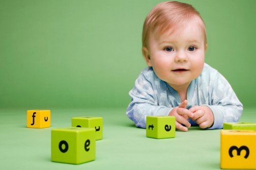 ضریب هوشی کودک با شیر مادر چند برابر می شود !